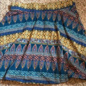 navy printed skirt, size medium
